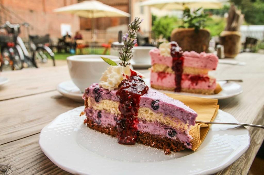 Torten in der Lychener Kaffeemühle - ab 20. März wieder längere Öffnungszeiten